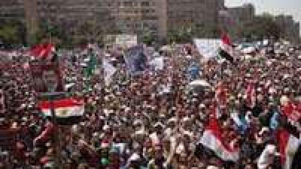 Egitto: nuovi scontri in piazza al Cairo