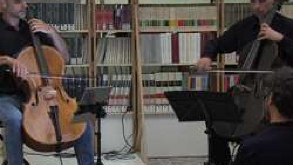 """Storie e Musica alle Torri con """"La meravigliosa bugia"""" e il violoncello di Sebastiano Severi"""