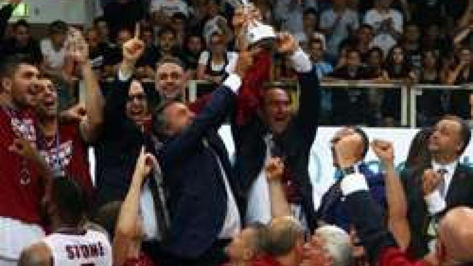 La squadra di De Raffaele campione d'ItaliaReyer Venezia campione d'Italia: 81-78 a Trento e serie sul 4-2