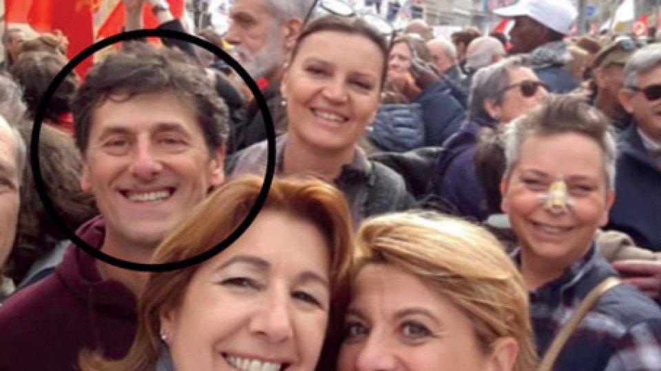 La foto che ritrae il Segretario di Stato Zanotti a Milano