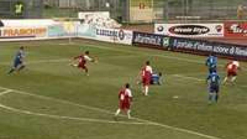 Termina a reti bianche il derby tra Rimini e BellariaRimini - Bellaria 0-0