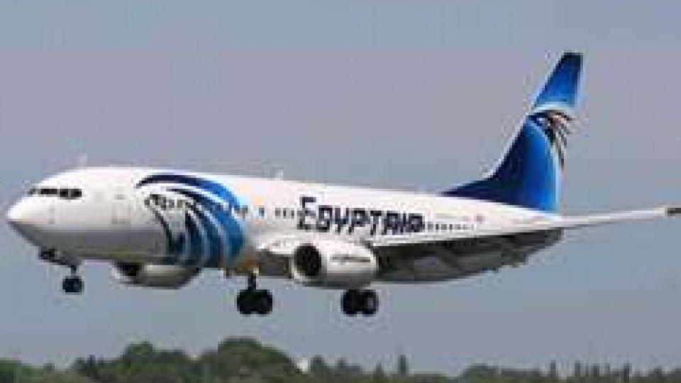 Cipro: dirottato un volo della Egyptair, liberati tutti i passeggeri