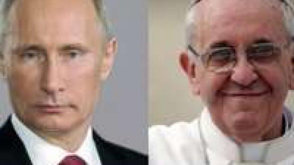 Putin in Vaticano. Il Papa, fermare violenze in Siria
