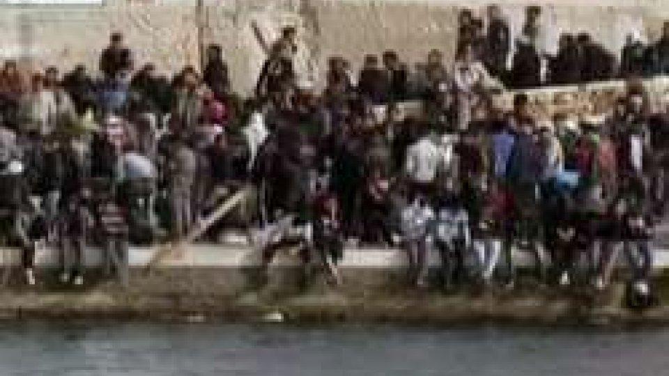 Migranti: Italia stanzia 4,7mld. Nel 2017 quasi 9mila allontanati