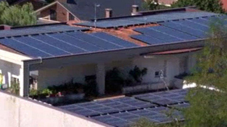 """Pannelli solariGiornata risparmio energetico: Titano più """"green"""" negli ultimi otto anni"""
