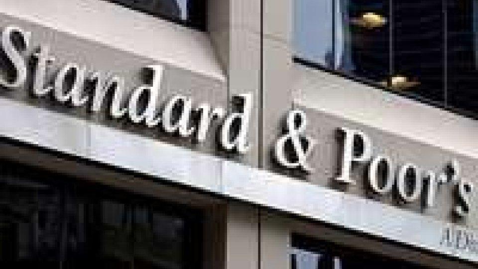 S&P taglia il rating dell'Italia a BBB
