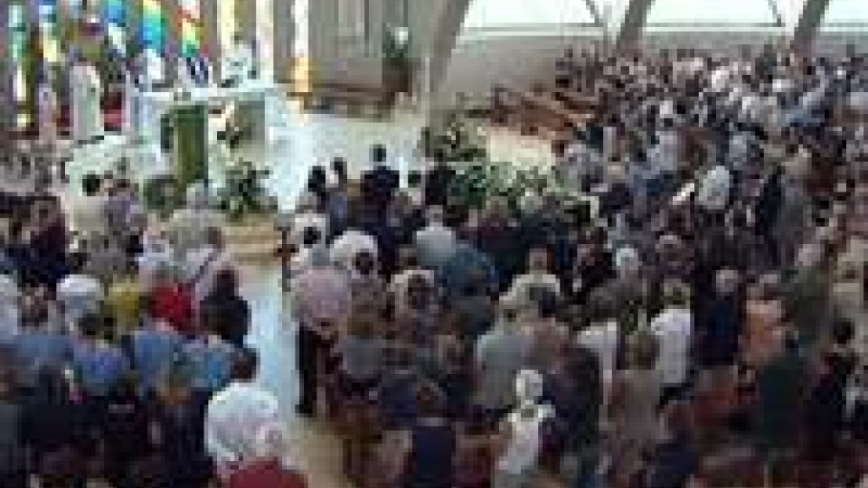 L'ultimo saluto a Silvia Vincenti nella parrocchia dei Salesiani di MurataL'ultimo saluto a Silvia Vincenti nella parrocchia dei Salesiani di Murata