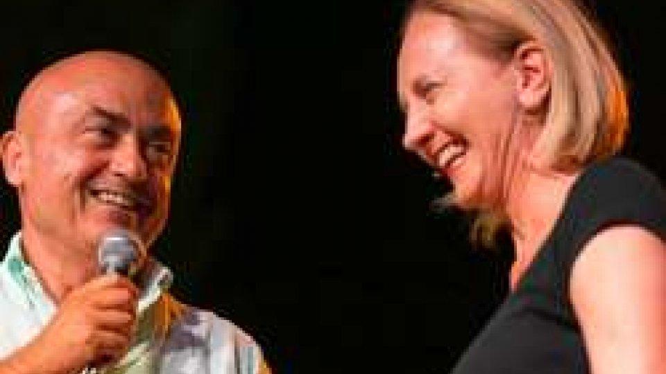 Cevoli & Penoni entusiasmano Coriano, travolgente show sold out alla Tenuta Santini