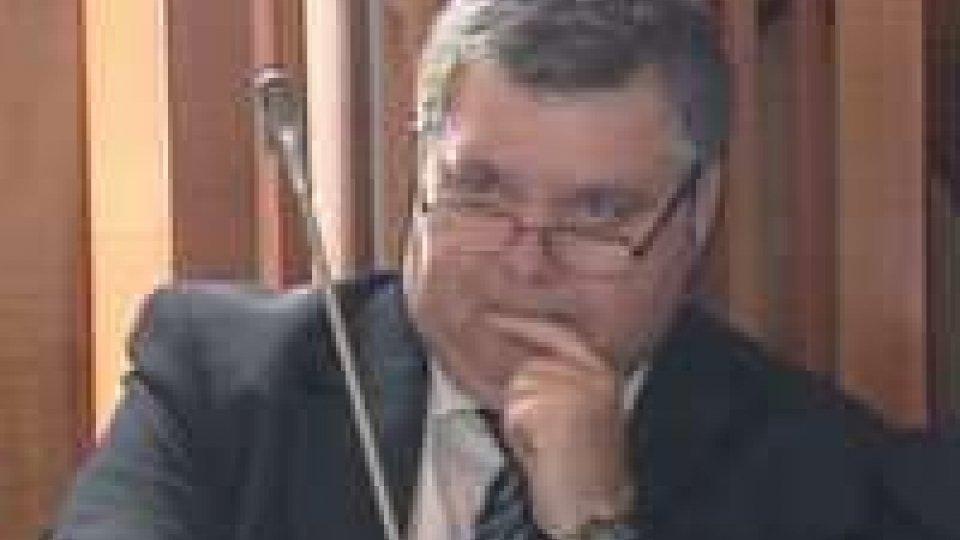 Consiglio: si apre la discussione sulle dimissioni di Macina dalla comissione giustizia