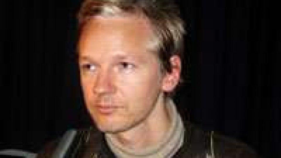 Wikileaks: l'ex giudice spagnolo Baltasar Garzon difenderà Julian Assange