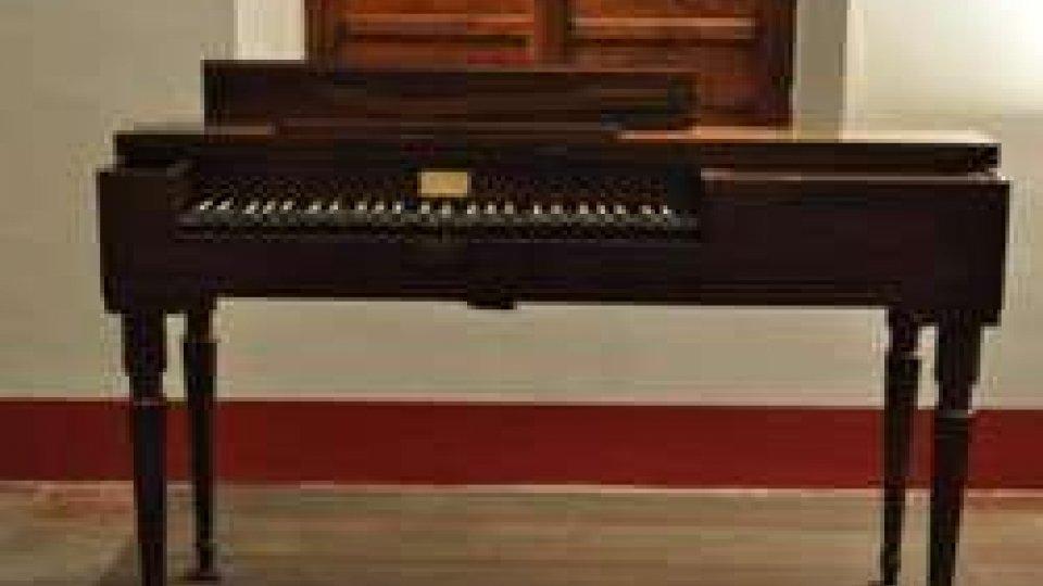 Rossini: torna nella sua casa il pianoforte del maestro pesarese