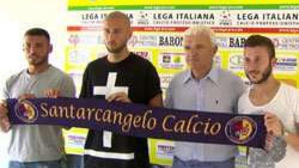 La presentazione degli acquistiIl Santarcangelo si rifà il look, presentati 6 acquisti