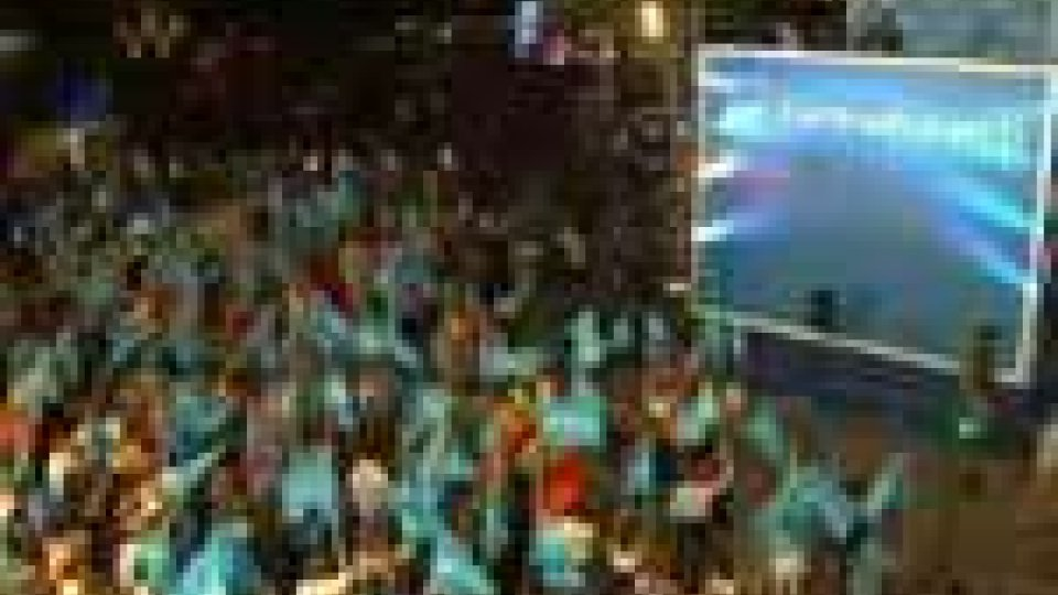 Spagna, elezioni: crolla il partito di Zapatero