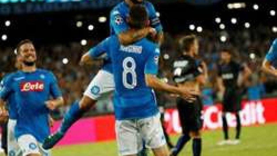 Nizza NapoliNapoli batte Nizza 2-0 come all'andata, decidono reti Callejon e Insigne. La conferenza stampa di Sarri