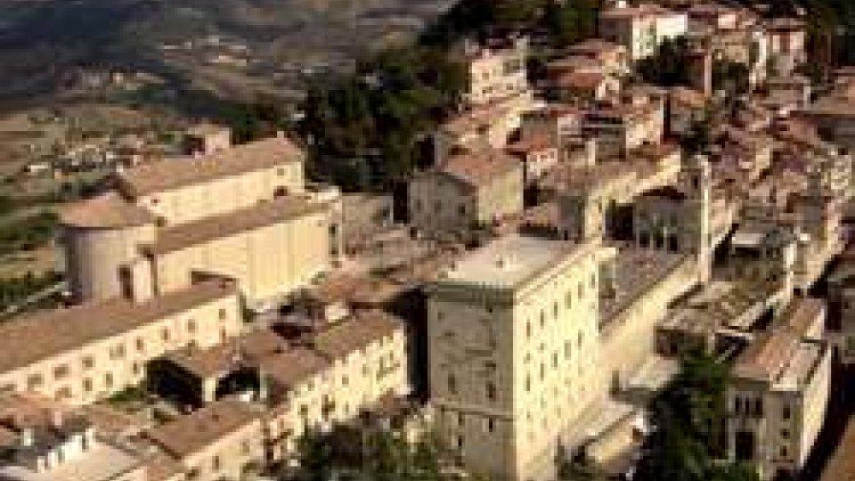 """Veduta aerea di San MarinoIstanze d'Arengo: una bocciatura """"clamorosa"""""""