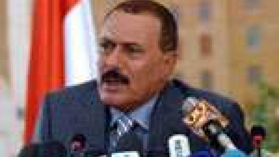 Il presidente dello Yemen torna in tv