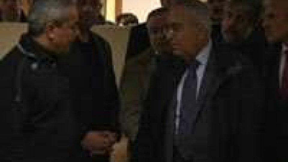 Israele, perquisite e chiuse 2 emittenti palestinesi Ramallah