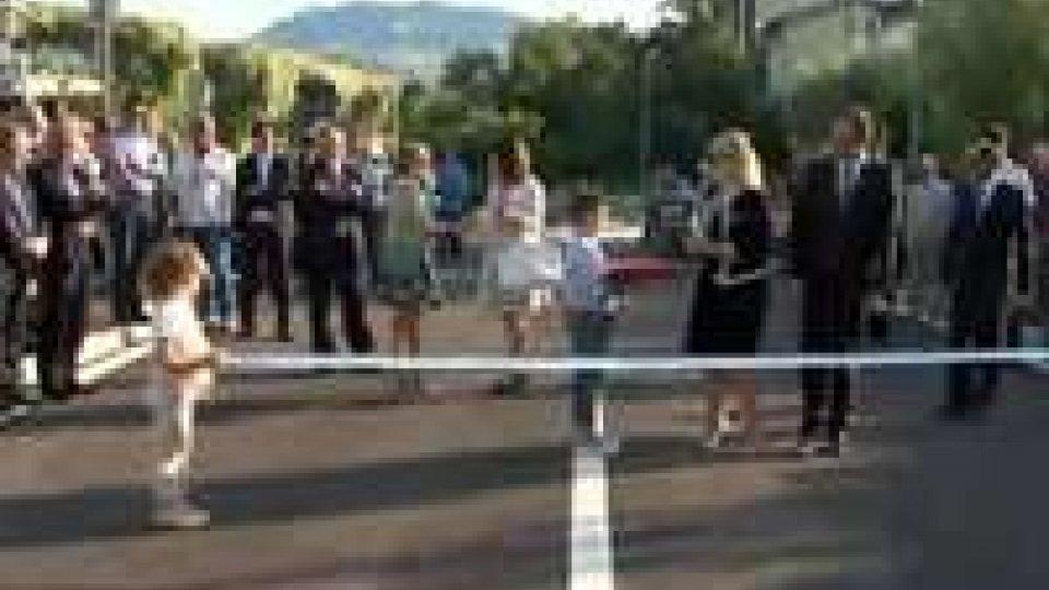 San Marino: Strada di Fondovalle, il taglio del nastroSan Marino: Strada di Fondovalle, il taglio del nastro