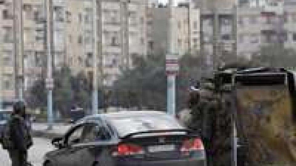 Harasta, un attentato porta a decine di vittime