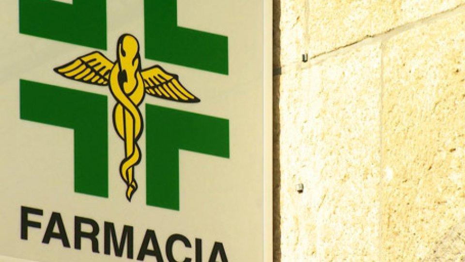 Una farmaciaFarmacie: cambiano orari e gestione del personale. Apertura domenicale in Città