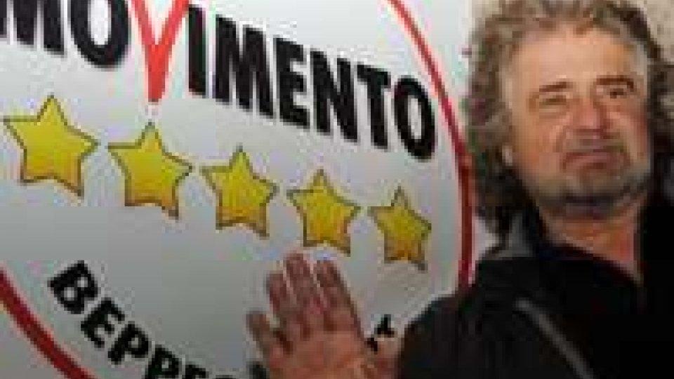 """Grillo: """"Bersani stalker politico"""". Berlusconi invita forze responsabili a segnale stabilità"""