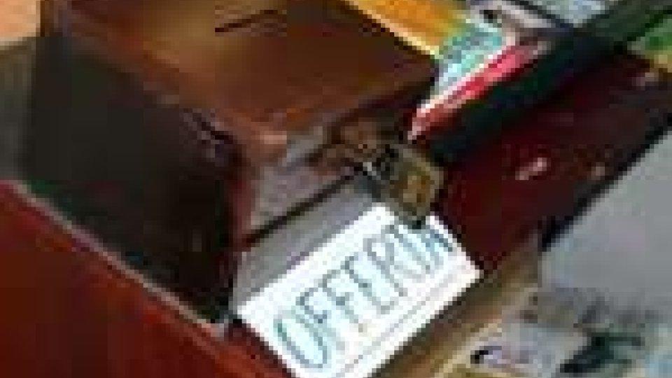 Rubavano dalle cassette per le offerte della camera mortuaria: arrestati due riminesi