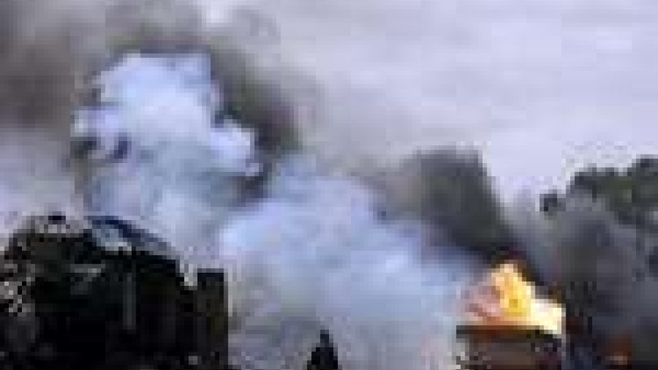 Raid diurno di aerei nato su Tripoli