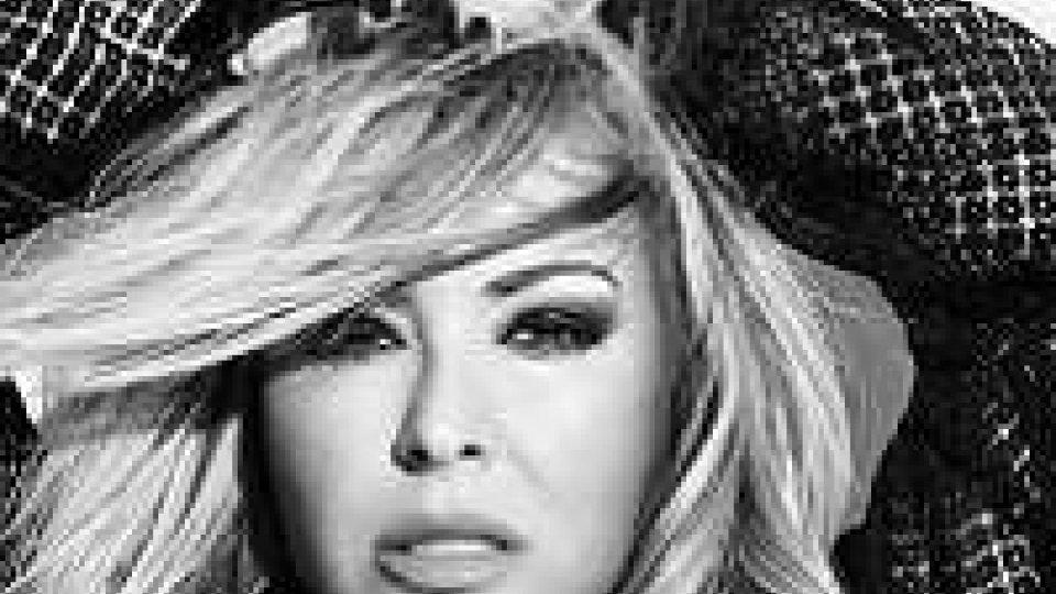 Anastacia, una raccolta con 15 anni di hit ed il tour in Europa