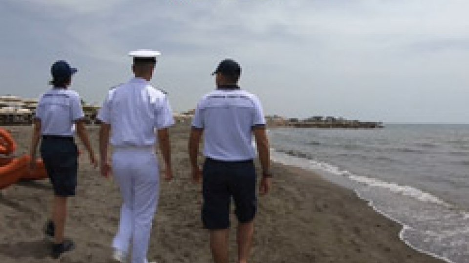 """Guardia costieraOperazione """"Spiagge sicure"""": Guardia Costiera libera 250mila metri quadri"""