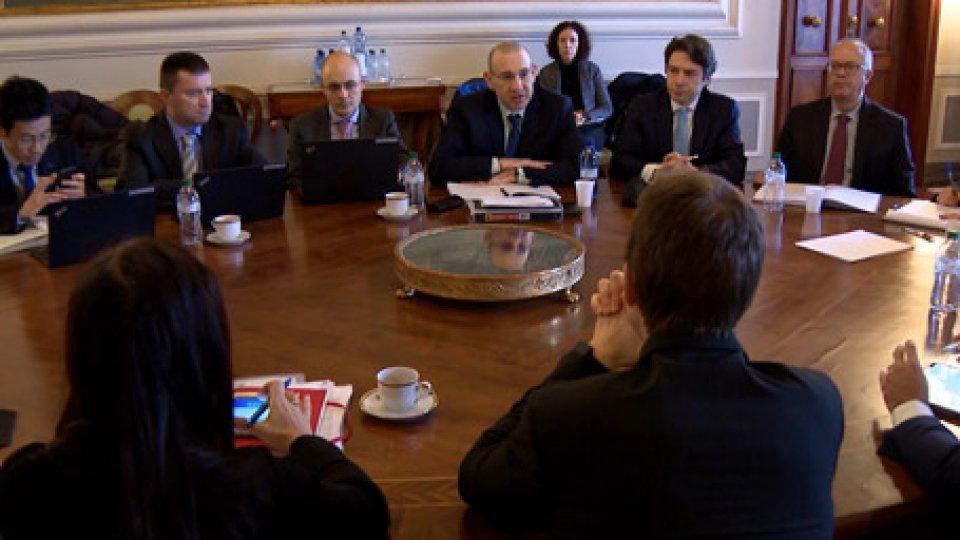 Incontro Fmi al BegniIncontro Governo-Fondo Monetario: le strategie per attrarre nuovi investitori