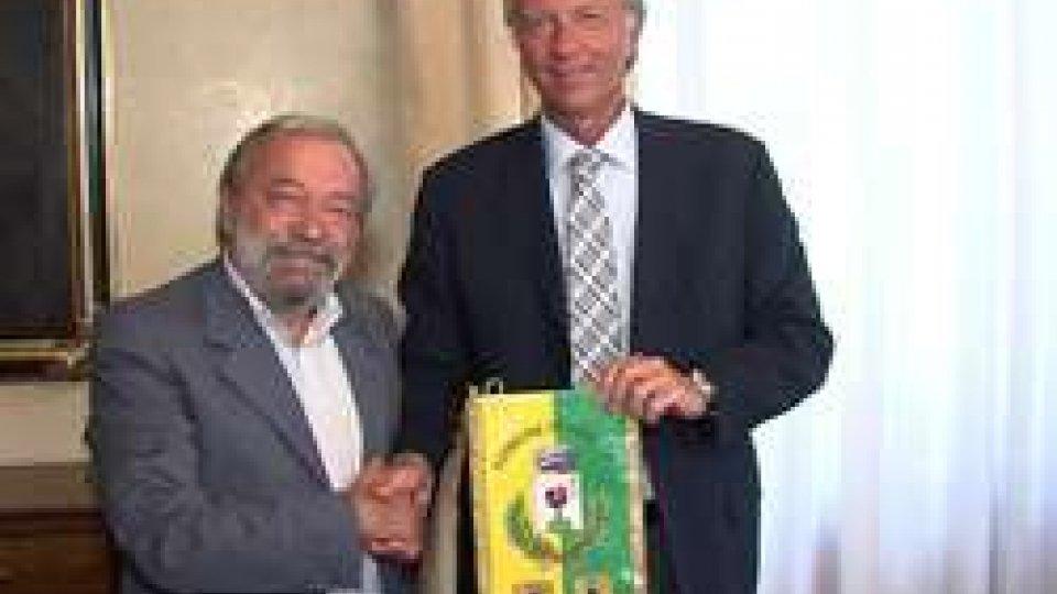 Firmato accordo tra Cassa di Risparmio e il Comune di GualdoFirmato accordo tra Cassa di Risparmio e il Comune di Gualdo