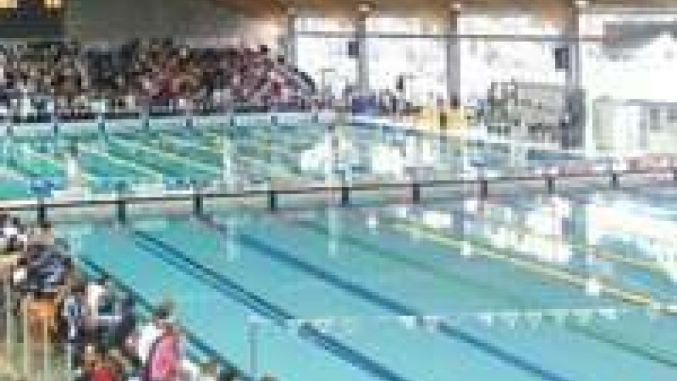 Elisa Bernardi e Beatrice Felici ai campionati italiani di Nuoto a Riccione.
