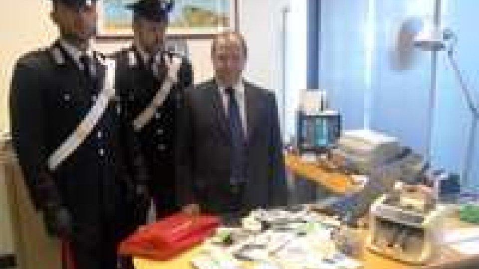 Rimini: commando di professionisti rapina una filiale della Monte dei Paschi di SienaRapina alla MPS di Rimini: commando imbottigliato
