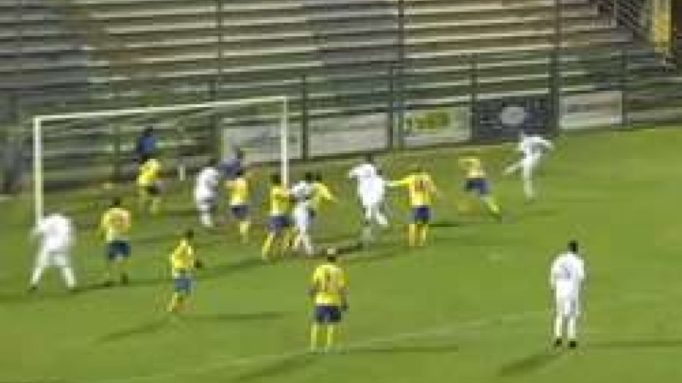 Santarcangelo fuori dai playout: 1-1 con la FermanaSantarcangelo fuori dai playout: 1-1 con la Fermana