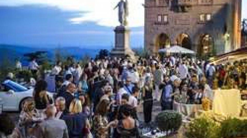 """San Marino, chef Luigi Sartini trasforma il """"Pianello"""" nella piazza della cucina stellata"""