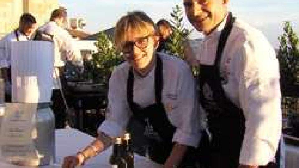 Show cooking sul PianelloTalenti: in piazza della Libertà aperitivo al tramonto e cena con 5 giovani chef