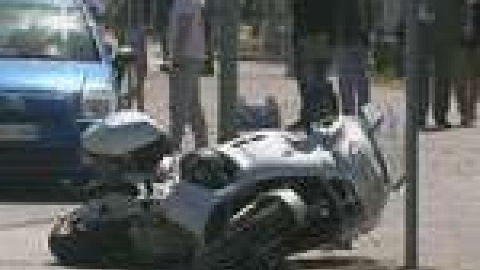 Scontro auto - moto a Rimini