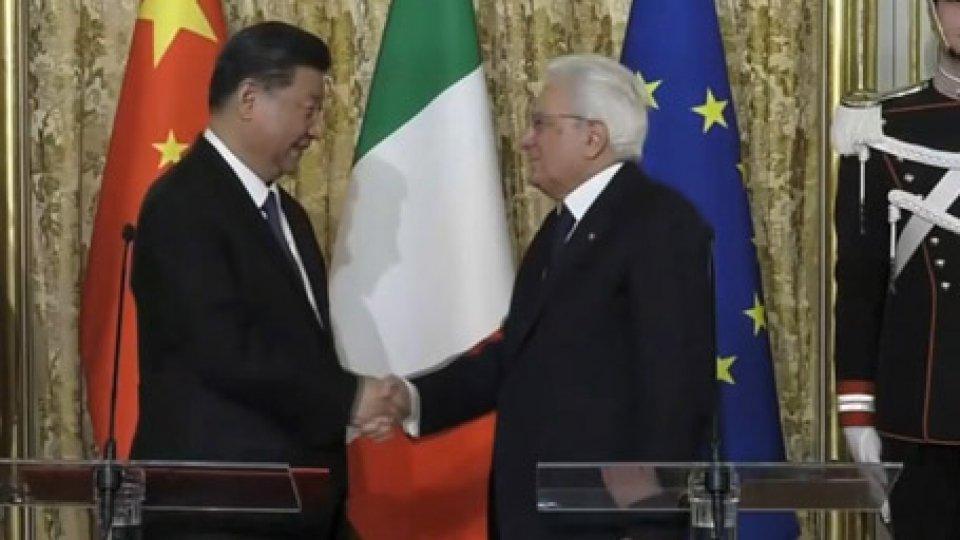 "Mattarella riceve Xi JinpingMattarella riceve Xi Jinping: ""Via della seta sarà una strada a doppio senso"""