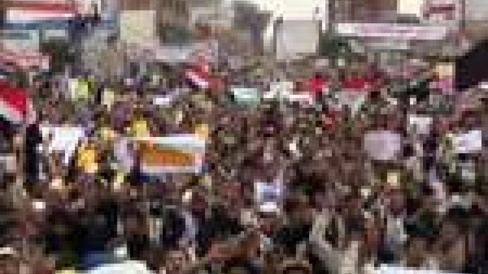 Yemen: 52 i morti nella strage di Sanaa, polizia spara a Aden