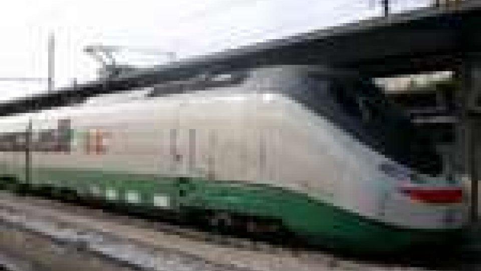 Soppressi i collegamenti Ancona-Milano, provincia di Rimini danneggiata