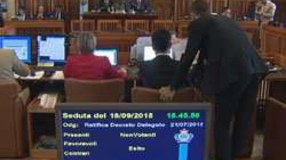 In Consiglio è scontro sui DecretiTutto il Consiglio dice no alla ricostituzione del partito fascista