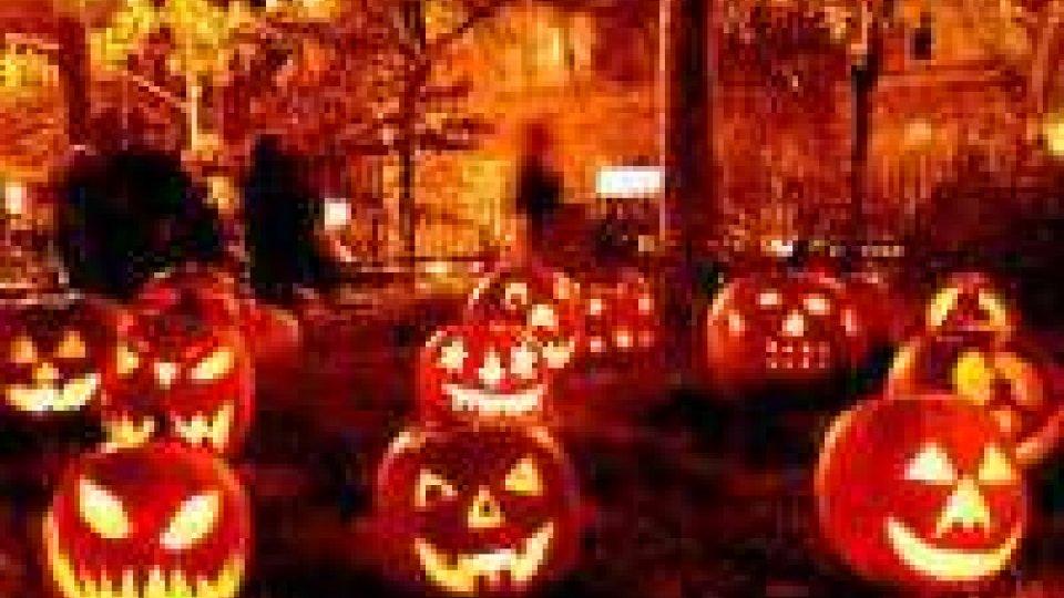 """""""Dolcetto o scherzetto"""": arriva la notte di Halloween""""Dolcetto o scherzetto"""": arriva la notte di Halloween"""