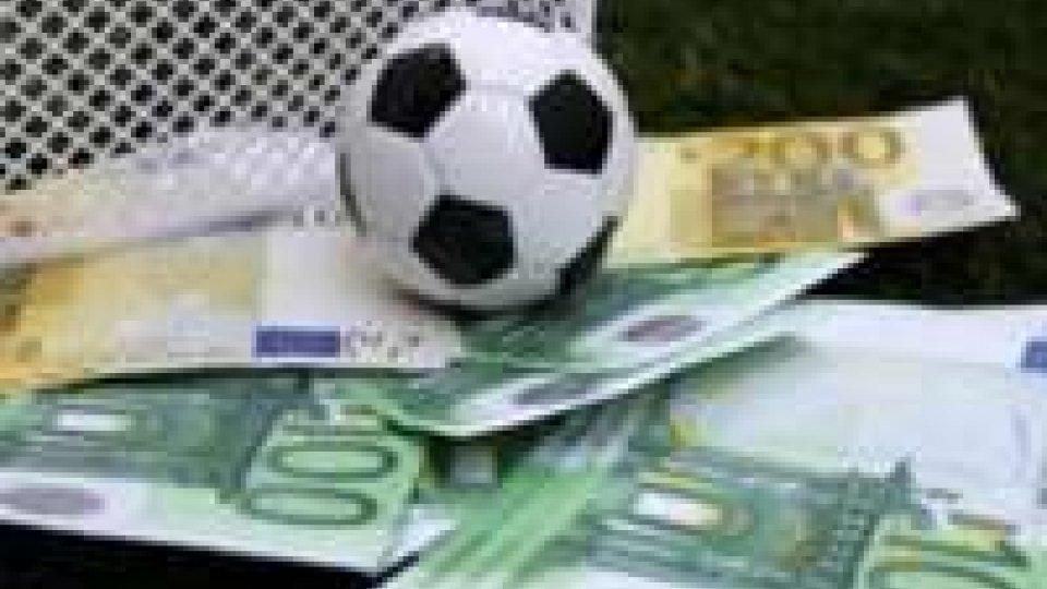 Calcioscommesse:oltre 20 indagati,anche diversi giocatoriDal nuovo bliz emergono due nomi eccellenti, Gattuso e Brocchi