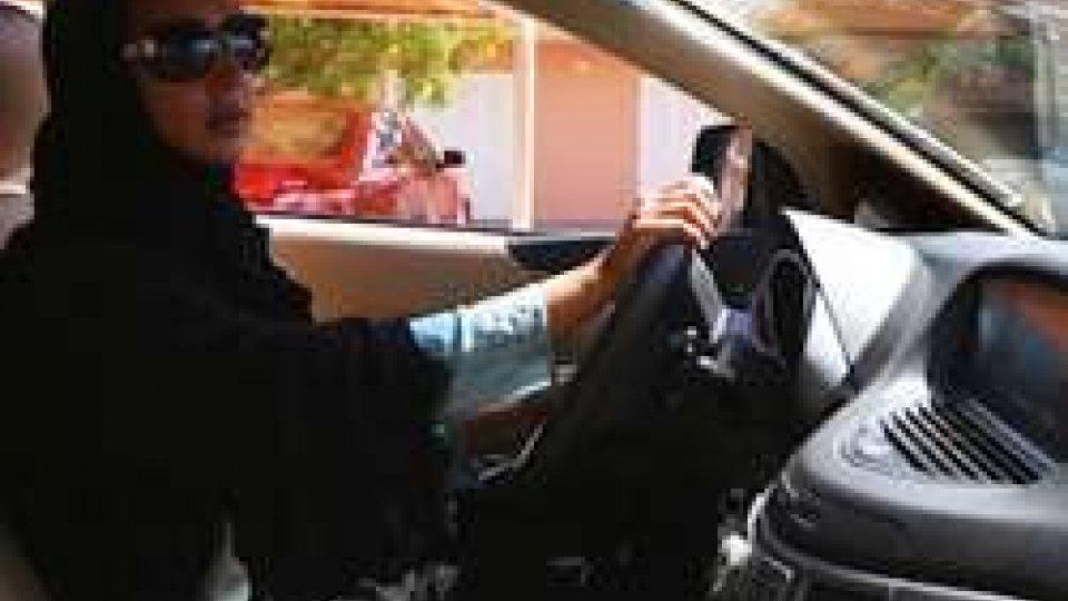 Donne saudite al volante