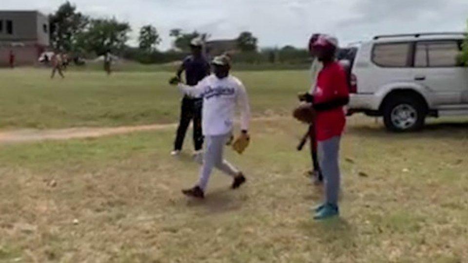 Baseball: al via il campionato in MozambicoBaseball: al via il campionato in Mozambico. Un movimento creato dal nulla, grazie al lavoro di volontari riminesi