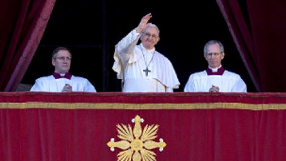 """Papa Francesco all'Urbi et OrbiUrbi et Orbi, Papa: """"Siamo tutti fratelli"""""""