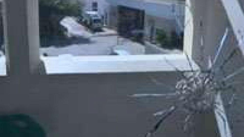 Libia: granata e scontri al quartier generale di Tripoli