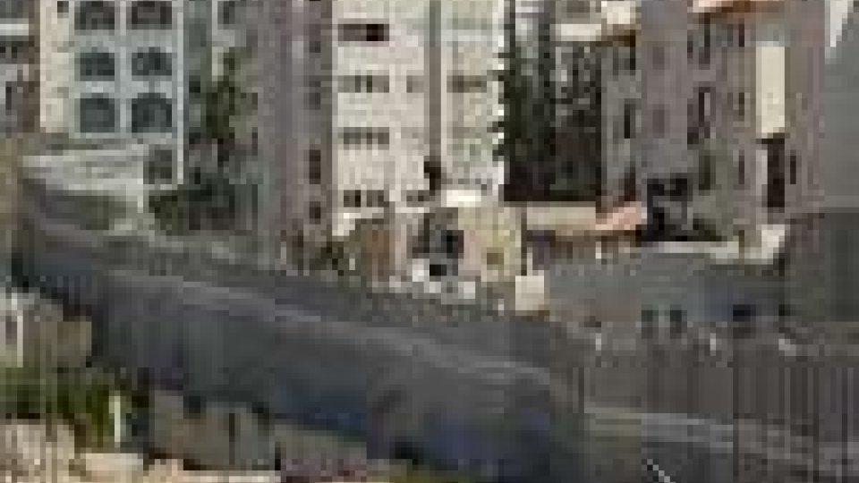 Israele demolisce muro sicurezza in Cisgiordania