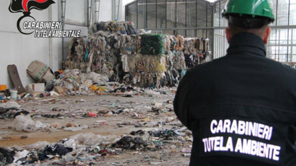 Foto Carabinieri RiminiRifiuti: sequestro preventivo del complesso industriale Rovereta-Petroltecnica di Coriano