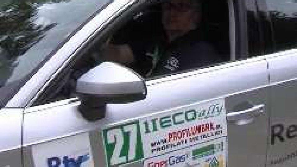 L'equipaggio della San Marino RTVAl via l'Ecorally San Marino-Sanremo-Montecarlo